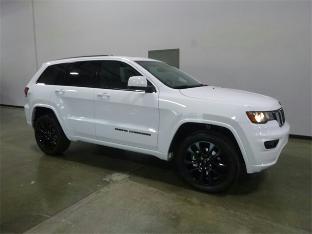 new 2018 jeep grand cherokee altitude sport utility in wilsonville 180150 findlay chrysler. Black Bedroom Furniture Sets. Home Design Ideas
