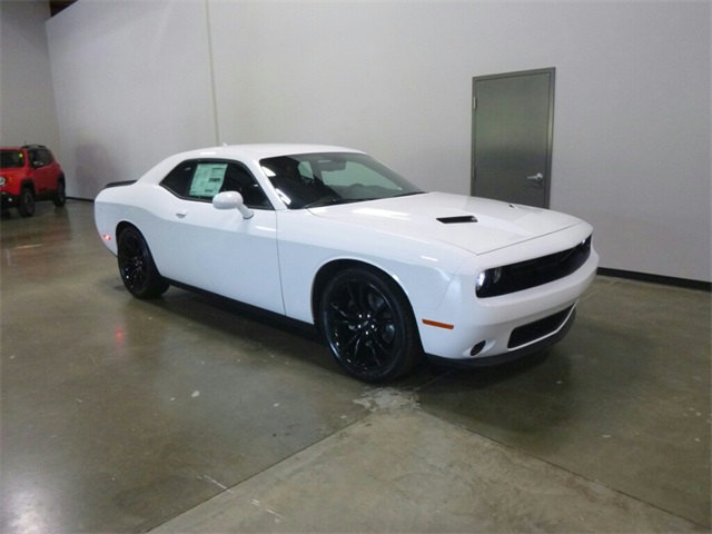 2018 dodge sxt. brilliant sxt new 2018 dodge challenger sxt throughout dodge sxt